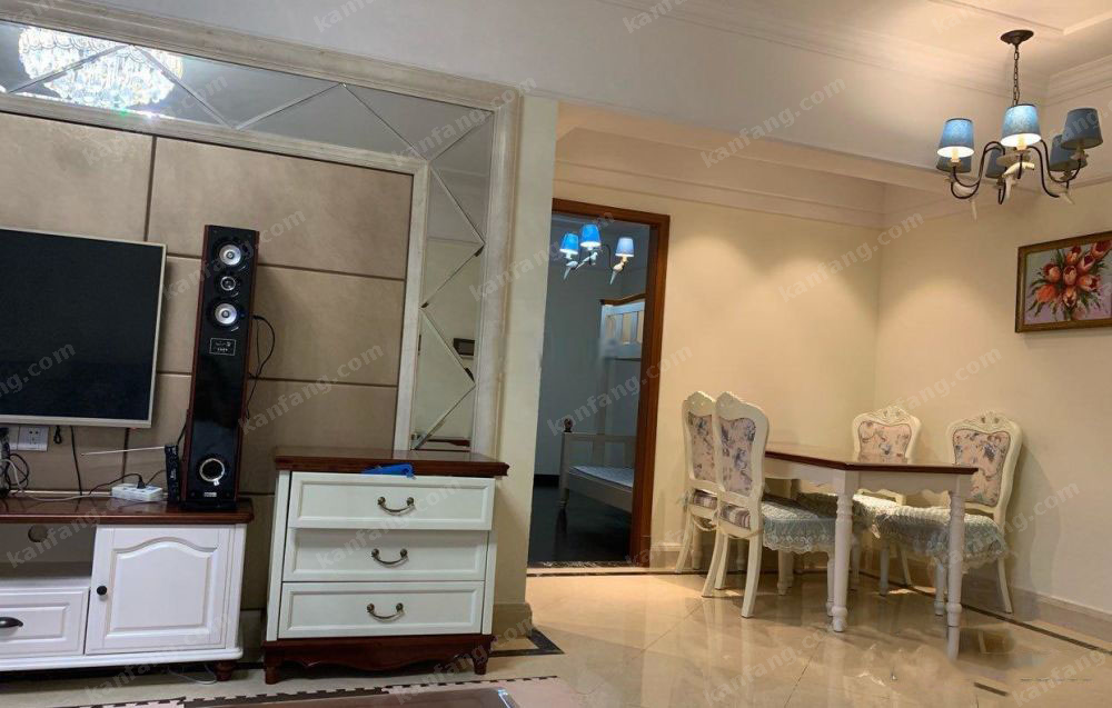 海甸岛滨江海岸一期 领海豪装3室2卫 家电家具齐全 生活便利