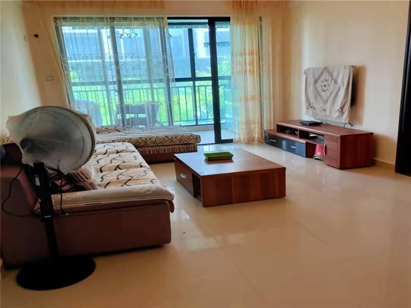 万宁市区次新小区 宝安椰林湾 正规3房精装修仅90万